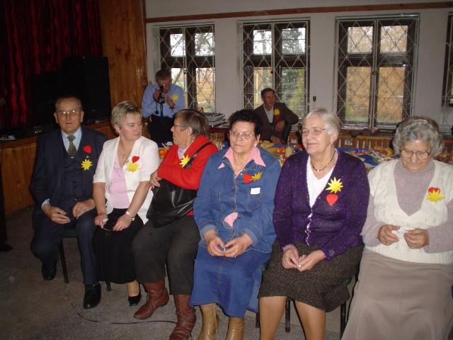 klub seniora zdjęcie osób